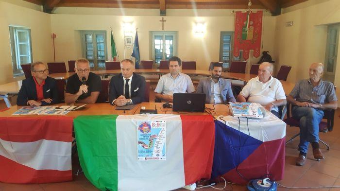 Dirigenti Skorpions con Sindaco e Ass. allo Sport del Comune di Vedano Olona