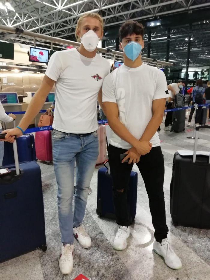 Bello (a sx) e Volonnino in partenza questa mattina dall'aeroporto della Malpensa (MI).  Ph. Credits: Roberta Volonnino